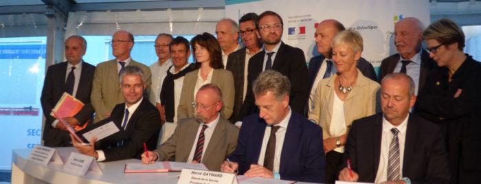 Signature du contrat territoire Maurienne sur le chantier de Saint-Martin-La-Porte
